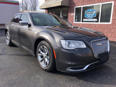 2016 CHRYSLER 300 LIMITED - Image 1
