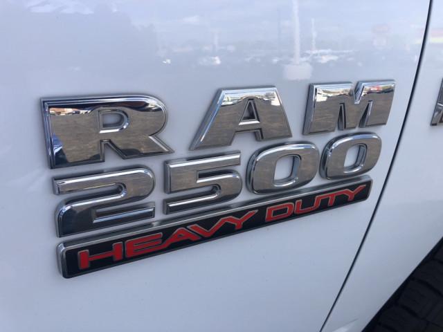 2015 RAM 2500 - Image 8
