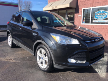 2015 FORD ESCAPE SE SUV - 6071 - Image 1