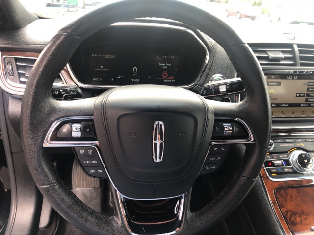 2017 LINCOLN CONTINENTAL - Image 25