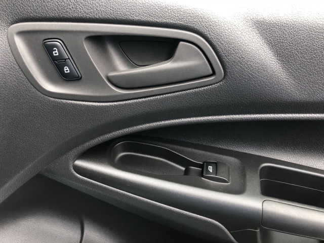 2015 FORD TRANSIT CONNECT - Image 12